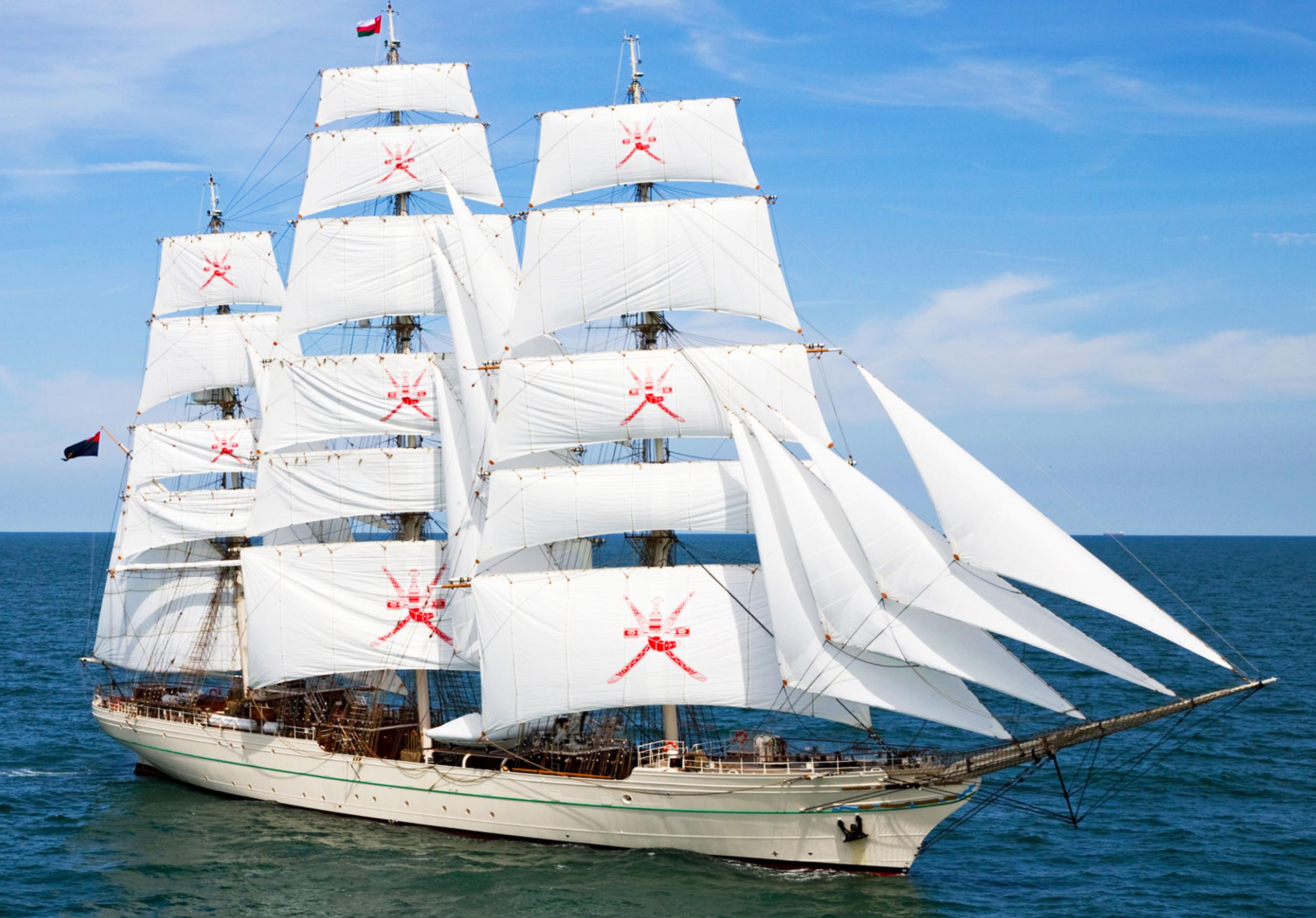 Jachtschilder Friesland-jacht-houten-boot-sloep-bootlak-jachtlak-classic-design-yacht-painter