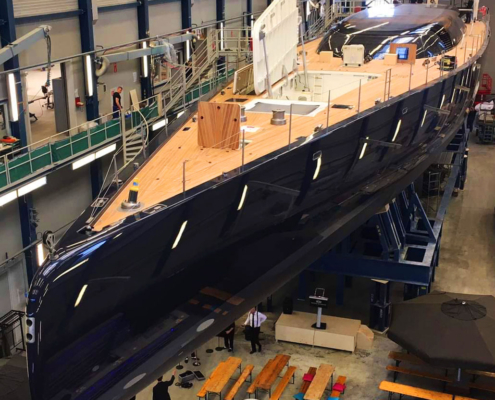 Schilderen-jacht-houten-boot-sloep-Classic-jachtschilders-Classic-Design-Yacht-Painters-Royal Huisman